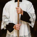 """Abschied vom Priester-Paradigma: Das """"geistliche Amt"""" neu denken"""
